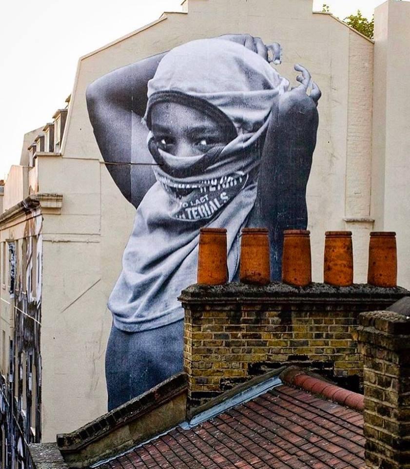 Majesty graffiti street art by jr