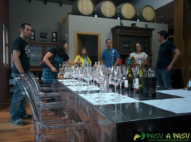 Cata de vinos en el Monasterio de Corias