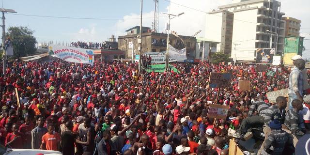 """Guinée/marche du FNDC : Sidya Touré répond """" Nous n'avons pas besoin d'être acheté pour aller dans la rue """". 3"""