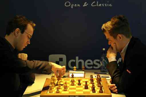 Le grand-maitre international d'échecs Georg Meier face au champion du monde Magnus Carlsen - Photo © site officiel