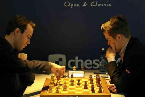 Le grand-maitre international d'échecs Georg Meier face au champion du monde Magnus Carlsen - Photo © site officiel