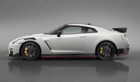 2020 Nissan GTR 50th Anniversary Edition Side View