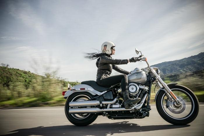 Autocurious cruising motorcycle