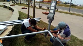 Ilha  instala primeira iluminação de led solar na praça 27 de Outubro