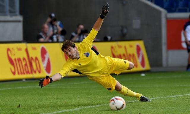 El Oporto se frota las manos con Casillas
