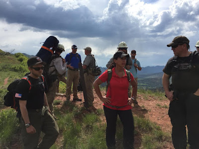 South Canyon staff ride participants* with varied backgrounds and perspectives discuss Human Factors near H-2.