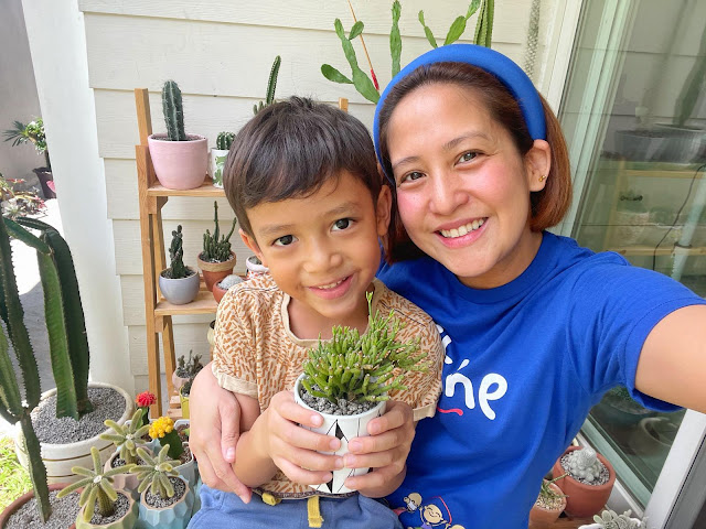 Jolina Magdangal with her kid