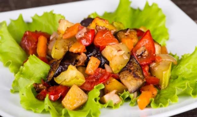 How to make eggplant and potato salad