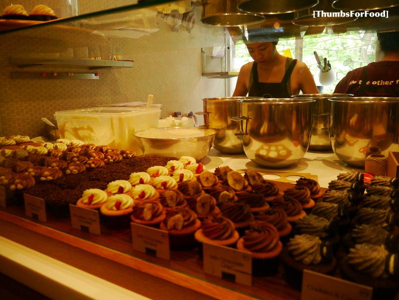 Thumbs For Food: Plain Vanilla Cupcakes (Holland Village ...