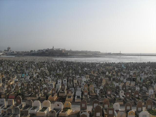 Cementerio de Salé con vistas al mar