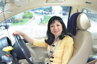 MEET WITH RICH SUGAR MUMMY IN MALAYSIA AND SINGAPORE AND