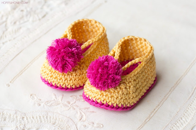 Free Crochet Pattern Baby Lion Booties : Hopeful Honey Craft, Crochet, Create: Lollipop Circus ...