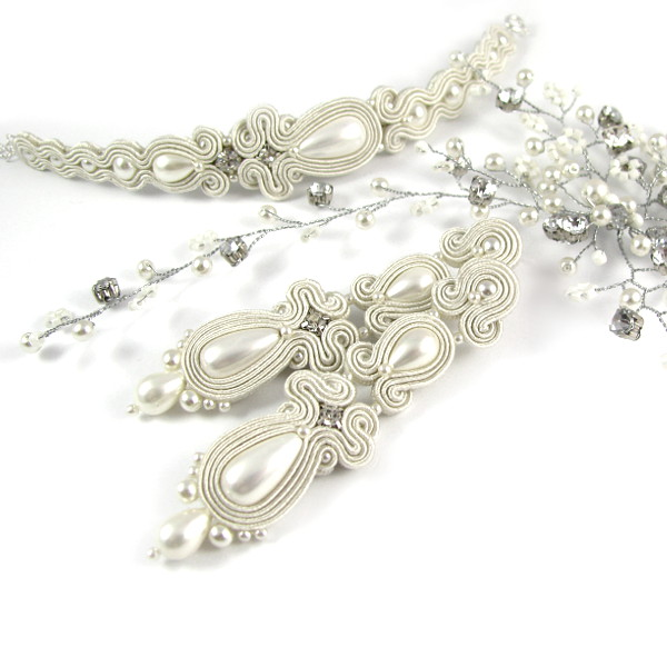 Perłowy komplet ślubny sutasz, kolczyki i bransoletka.
