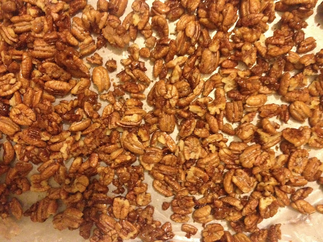 candied pecans, sweet, sugar