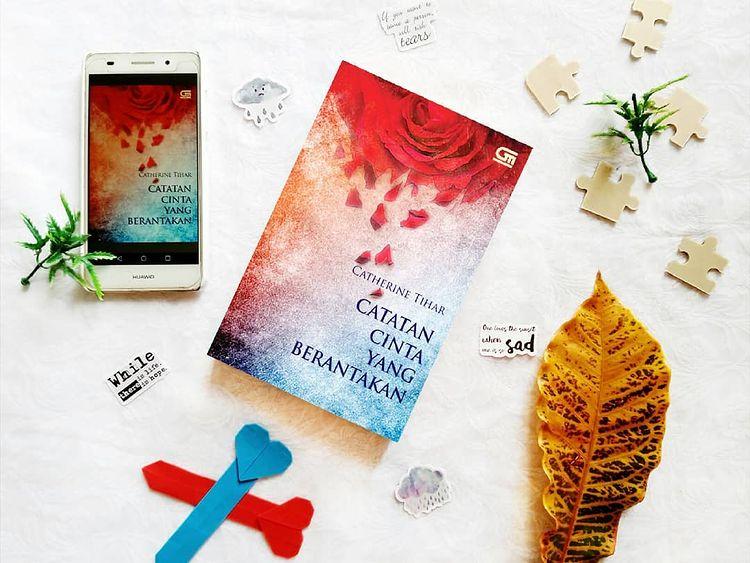 Review Buku : Catatan Cinta yang Berantakan
