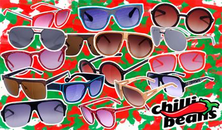 88444a9ff Nesta época, os óculos da CHILLI BEANS viraram mania nacional, vendendo uma  média espantosa de 120 mil peças por ano, em um universo total de 7 milhões  de ...
