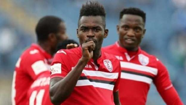Soccer player Mohammed Anas thanks wife and girlfriend in interview