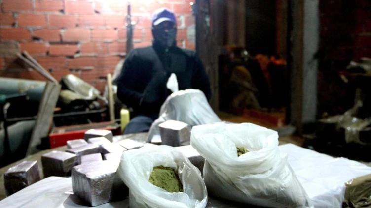 """Así operaba en la """"deep web"""" una célula del Cártel de Sinaloa que vendía droga y operaba en Alemania, Serbia, Filipinas y Holanda"""