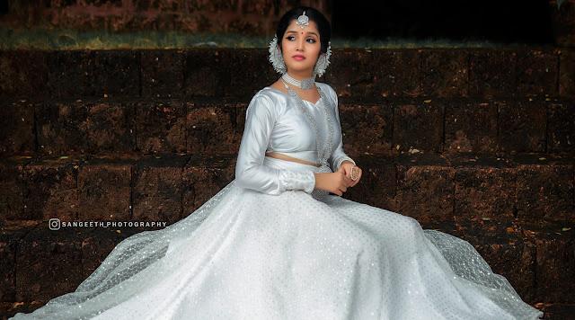 actress Anikha Surendran