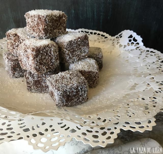 dulces-australianos-con-chocolate-y-coco-rallado