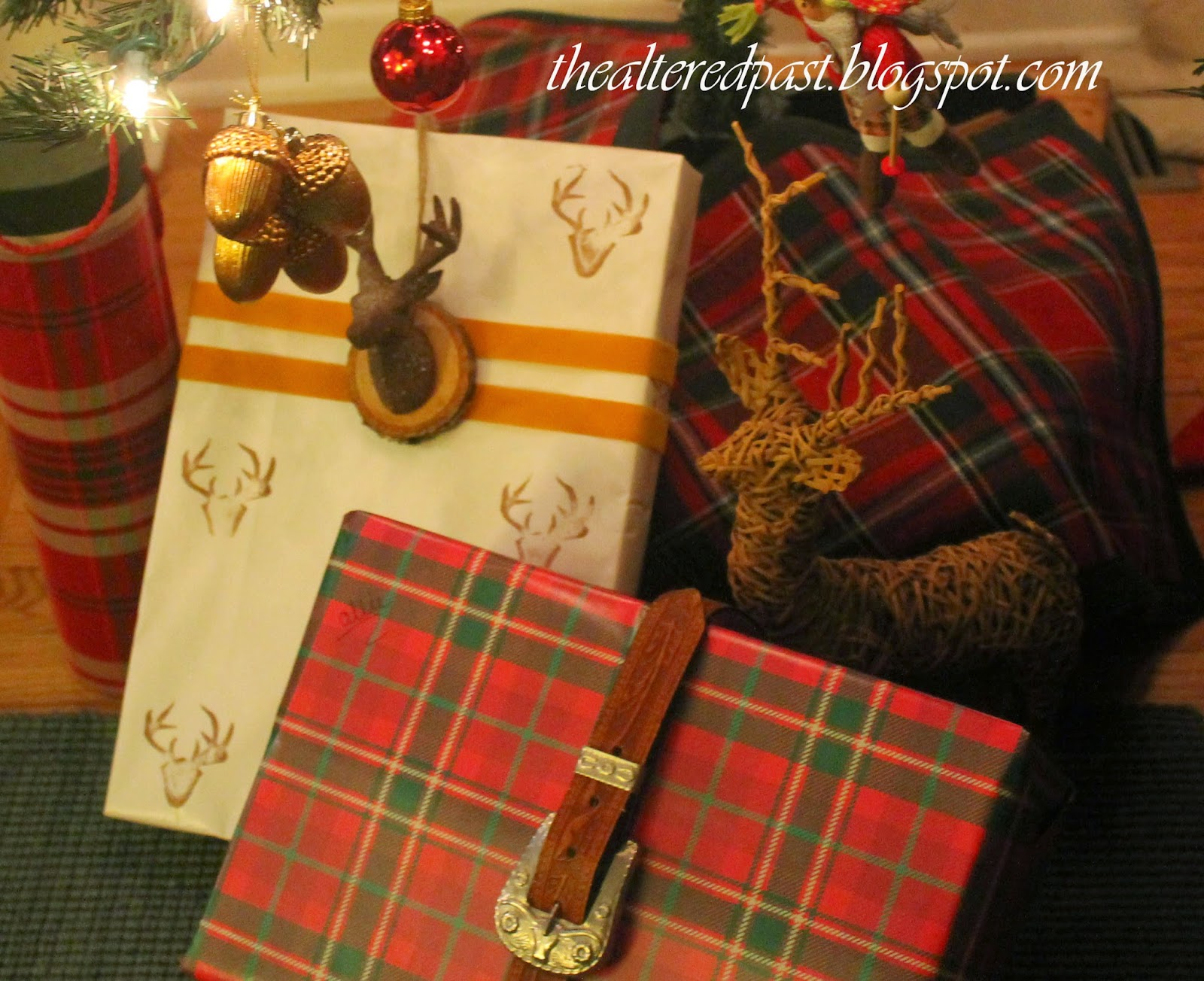 beautiful hunt themed gift wrapping, deer head ornament, the altered past blog