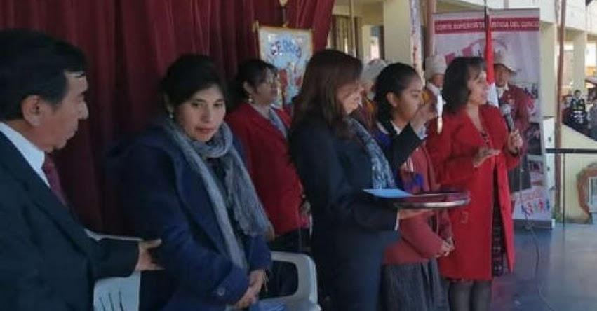 Jueces de paz escolares juramentaron por primera vez en Cusco
