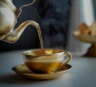 Herbal tea brewed from fresh rooibos.