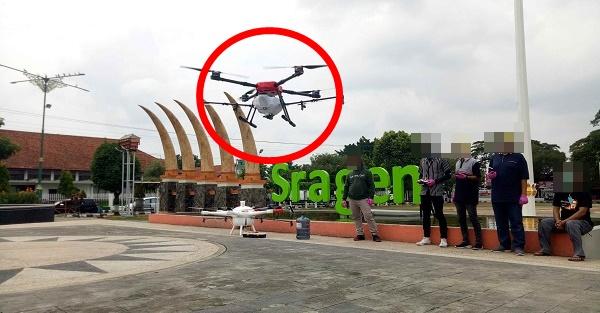 Viral! Drone Tembaki Warga Yang Keluar Rumah Saat Corona Di Negara..