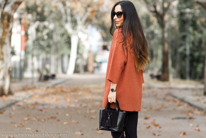 BLogger influencer de moda belleza de Valencia con ideas vestir en un dia gris