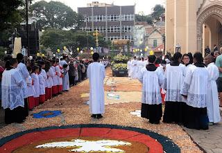 Chegada do Santíssimo à Matriz de Santa Teresa