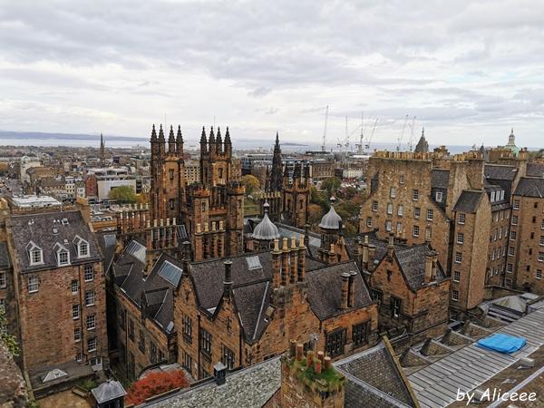 camera-obscura-Edinburgh-rooftop-view
