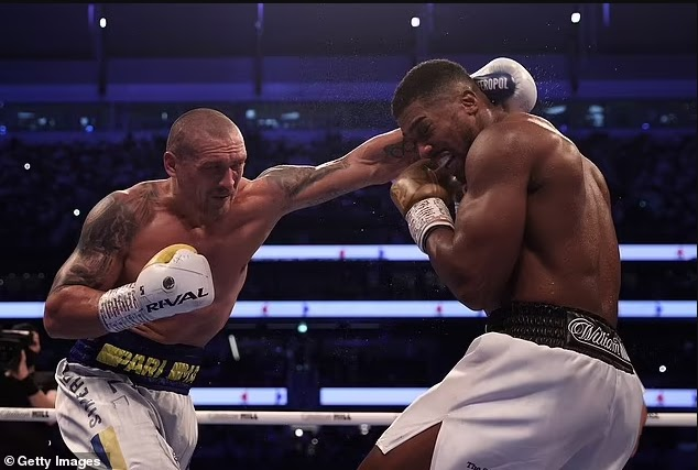 He will never beat him - Anthony Joshua warned by Frank Warren to not go 'anywhere near' a rematch with Oleksandr Usyk
