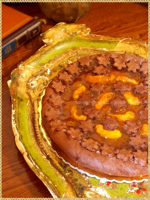 Crostata all'olio e cacao con confetture di albicocche  e albicocche caramellate