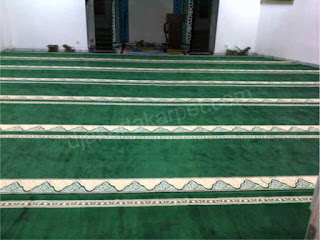 pemasangan karpet masjid roll yasmin gunung hijau