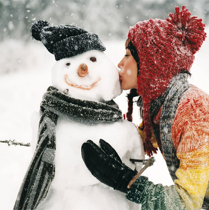 Winter-Girl-with-Snowman