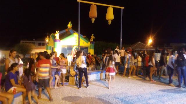 Em Olho D'Água do Casado, CRAS realiza festa de confraternização
