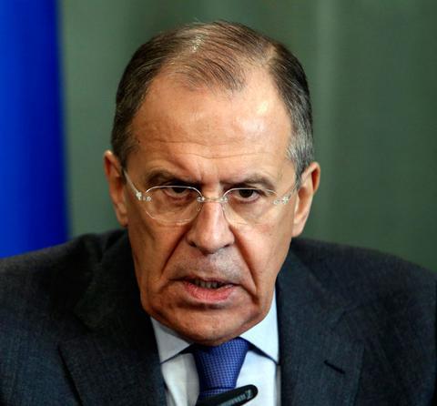 Λαβρόφ: Ο πόλεμος στη Συρία μπορεί να τερματιστεί πρωτίστως με τη βία