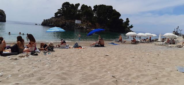 Από την παραλία του Βάλτου, του Λύχνου, του Αϊ γιαννάκη και όχι μόνο, η Πάργα διαθέτει εξαιρετικές παραλίες, μέσα σε αυτές βέβαια και η παραλία στο Κρυονέρι (Βίλα Ρόζα).