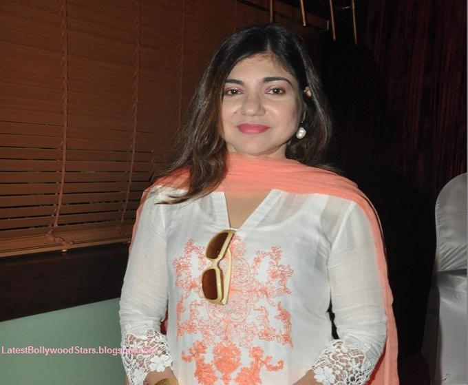 Bollywood Singer Alka Yagnik Pics
