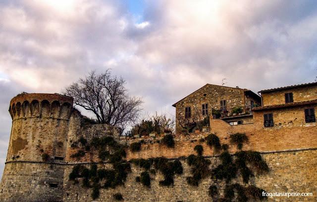 Muralha de San Gimignano, Toscana, Itália