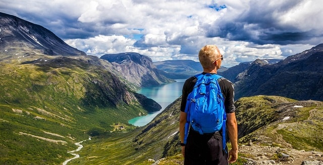6 Cara agar Kamu Menjadi Traveler yang Terkenal