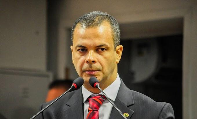 Desembargador rejeita pedido de deputado e mantém igrejas fechadas na Paraíba