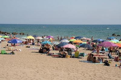 public beach area at Castiglione della Pescaia