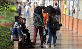 MEC lança protocolo para retorno às aulas em instituições federais.