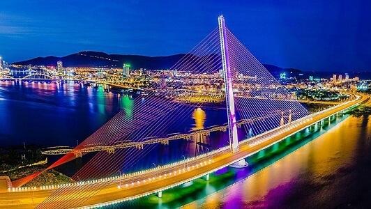 اطول جسور العالم المعلقة
