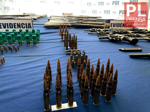 Armas y cartuchos recuperados