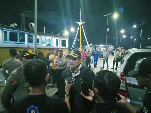 Kapolres Selayar Ikut Dalam Rombongan Pengiriman Logistik Pilkades Ke Pulau-Pulau