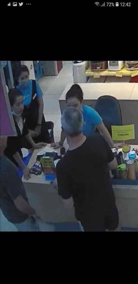 Trước khi nhiễm Covid-19, nữ nhân viên siêu thị điện máy đã tiếp xúc 20 phút với hai du khách Anh