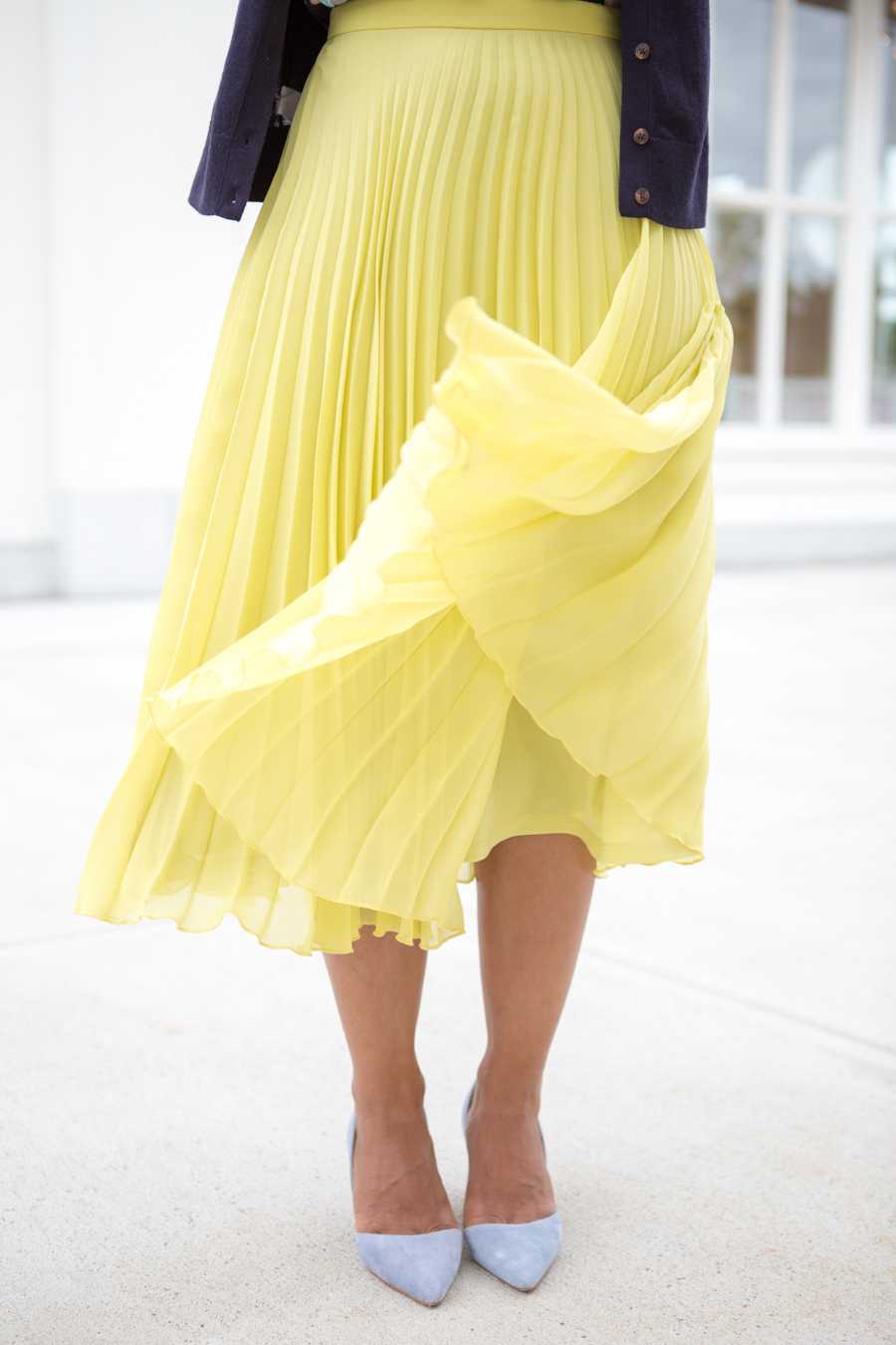 sole society, blue pumps, low heeled pumps, arch support, pleated skirt, lemon and lime, topshop, nordstrom, petite fashion, work style, work fashion, office style, corporate chic, professional wear, girlboss, dress for success