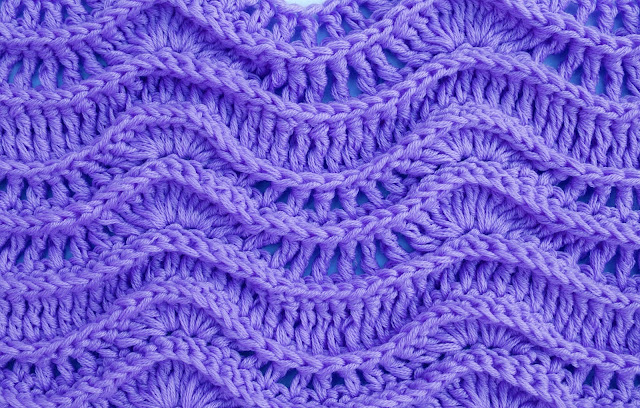 Crochet Imagen Puntada de ondas en relieve a crochet y ganchillo azul oscuro por Majovel Crochet